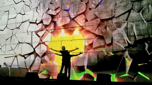 Roger_Waters_The_Wall_Live_Kansas_City_30_October_2010_2